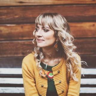 Holly Ringland