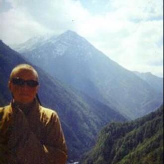 Bhikshuni Lozang