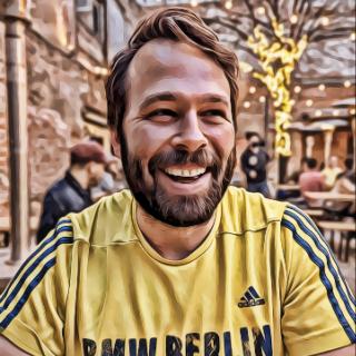 Dustin Stoltz