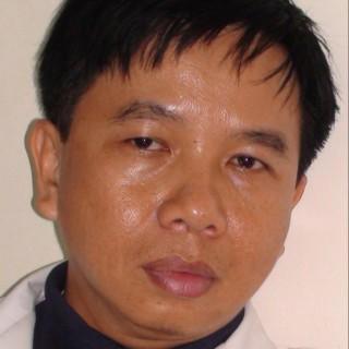 Bác sĩ Lê Hùng