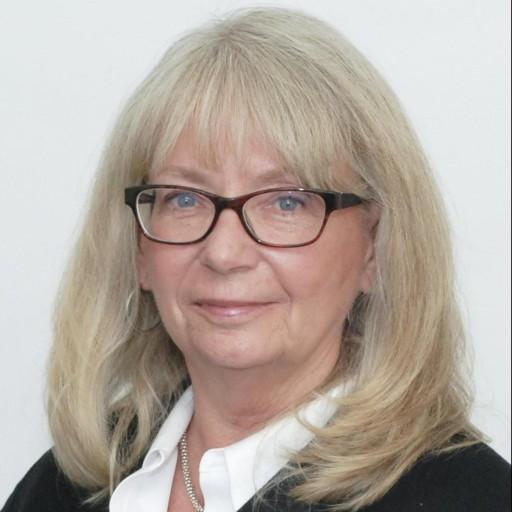 Sandi Soendker